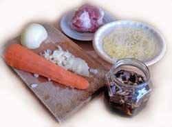 Простой рыбный пирог с сайрой и рисом рецепт